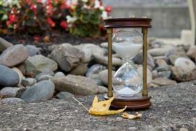 hourglass-2846641_1920